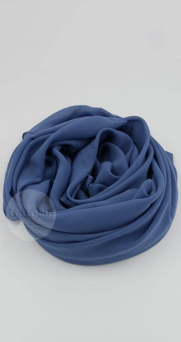 Modriley.bleu .r scaled 1
