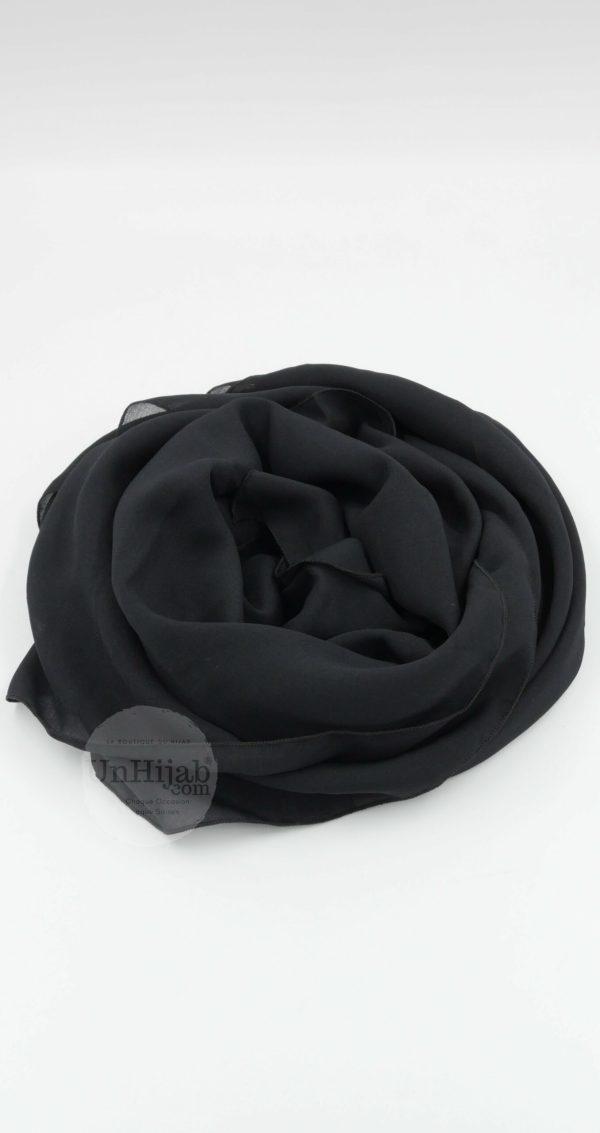 Modriley.noir .r scaled 1